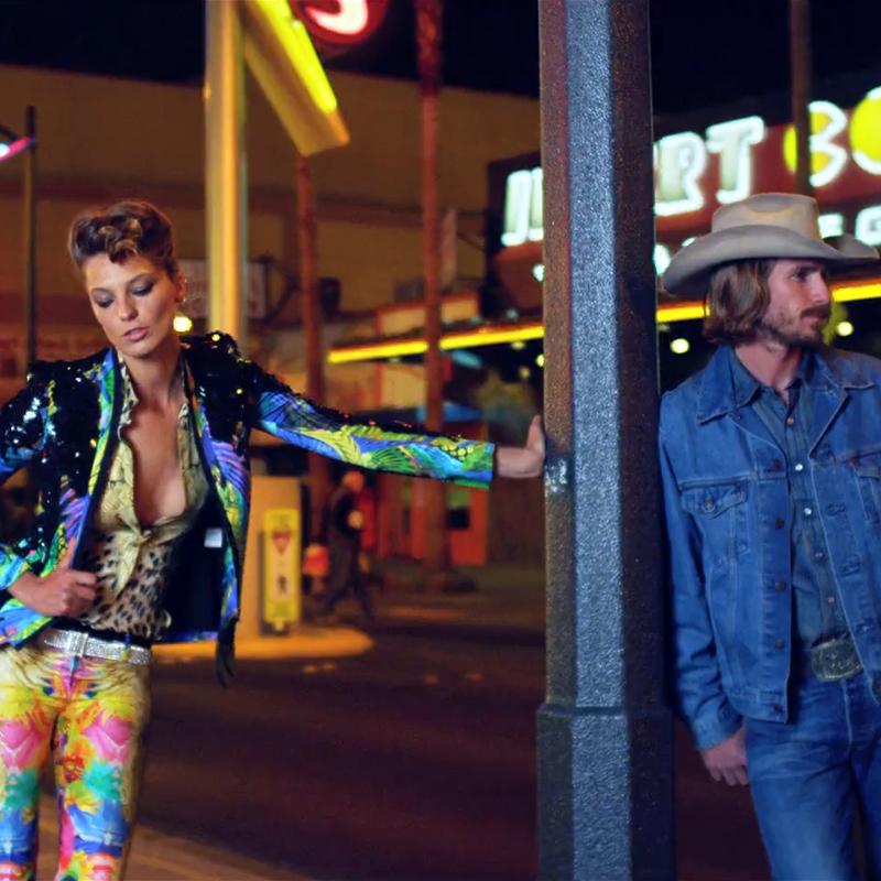 Paris Vogue<br/>Vegas
